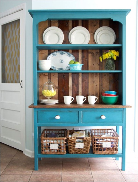 the handmade home hutch via ana white plans