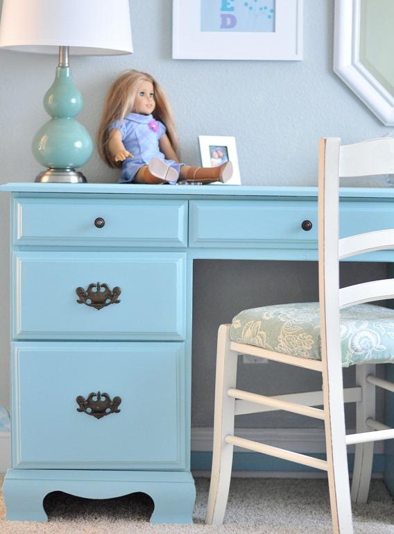 aqua desk in girls room