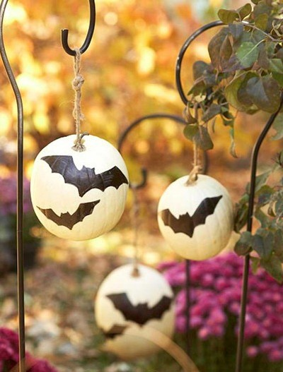 bat pumpkins bhg