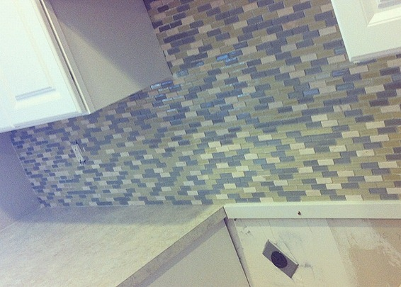 mesh backsplash tile