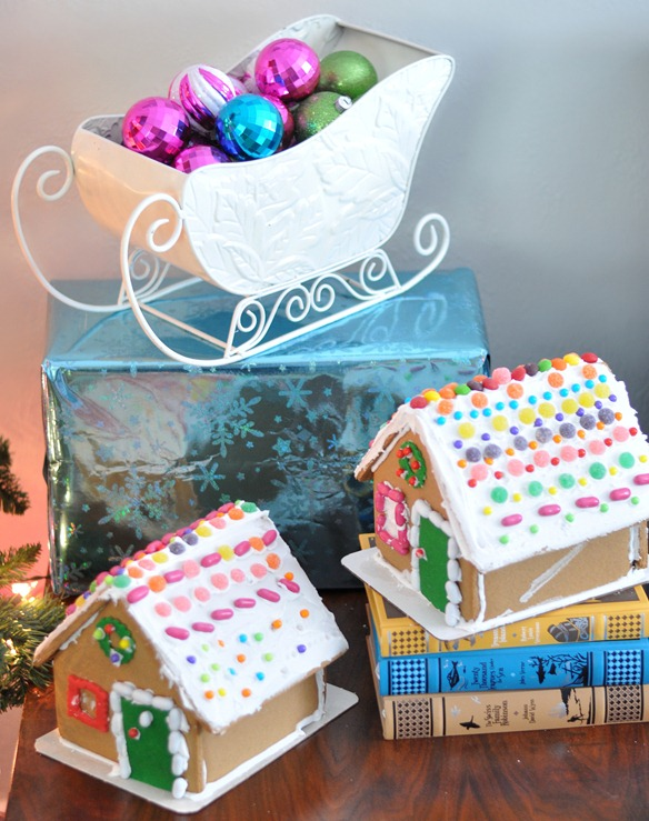 sleigh and gingerbread houses