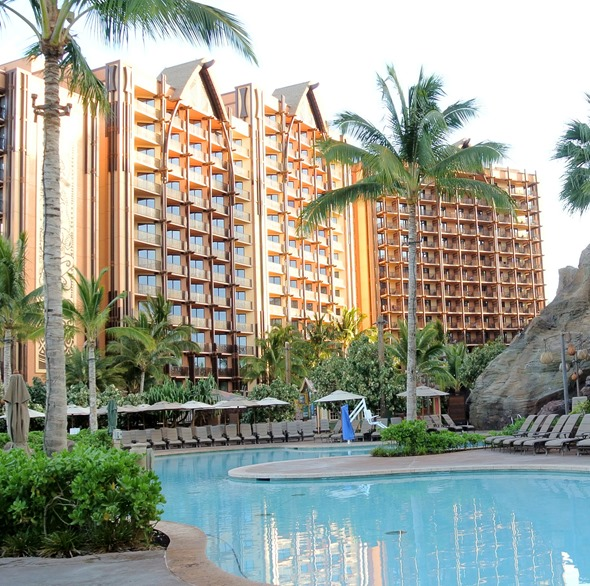 aulani pools