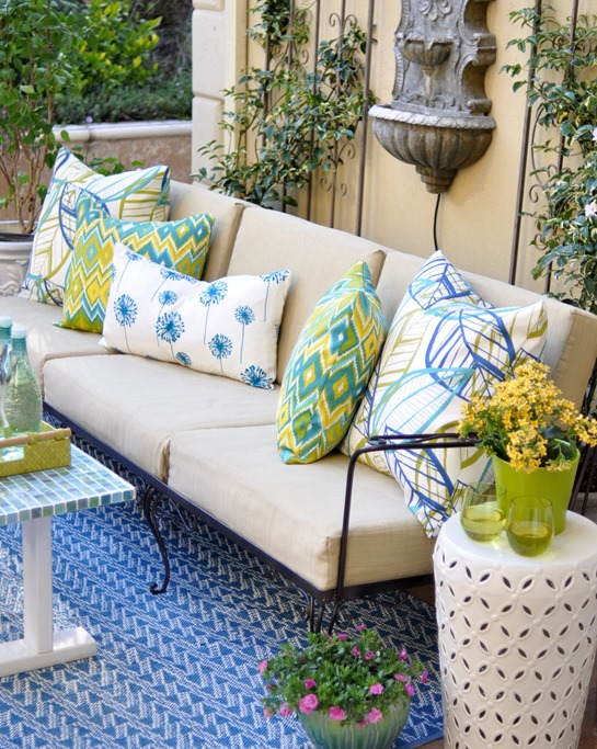 outdoor pillows on sofa
