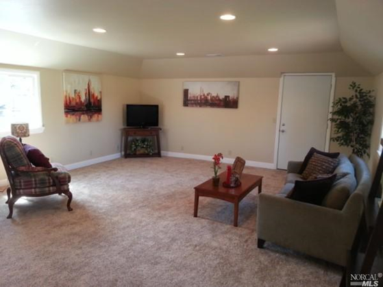 carpeted family room