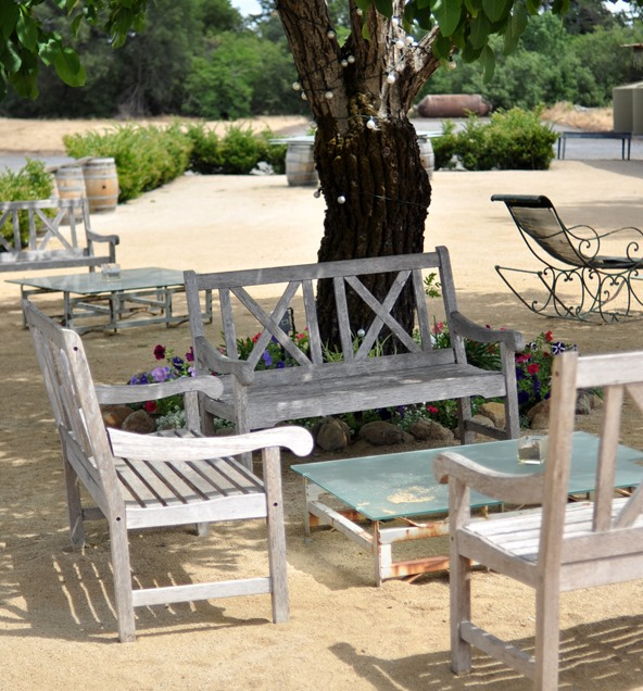 seating area soda rock