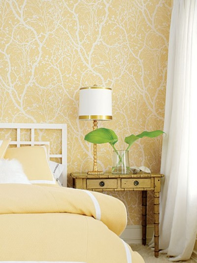 yellow-wallpaper-in-bedroom.jpg