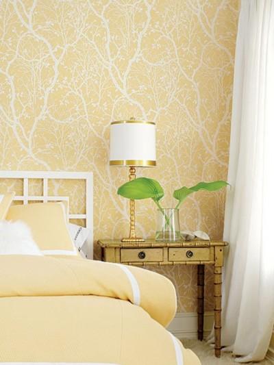 yellow-wallpaper-in-bedroom.jpg