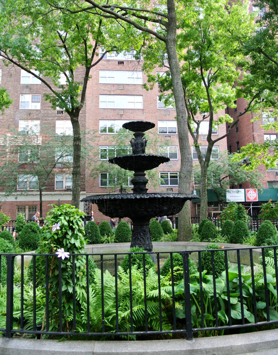 west village fountain