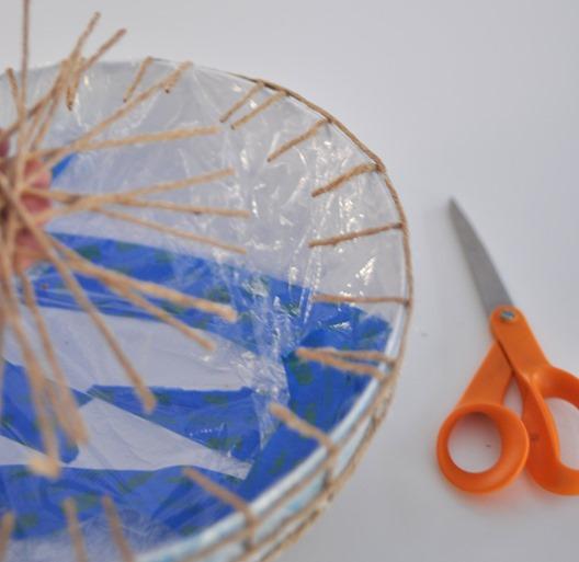 trim twine with scissors