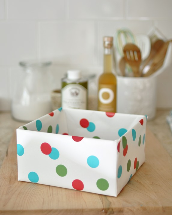 wrap box with paper