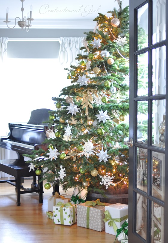 christmas tree and piano