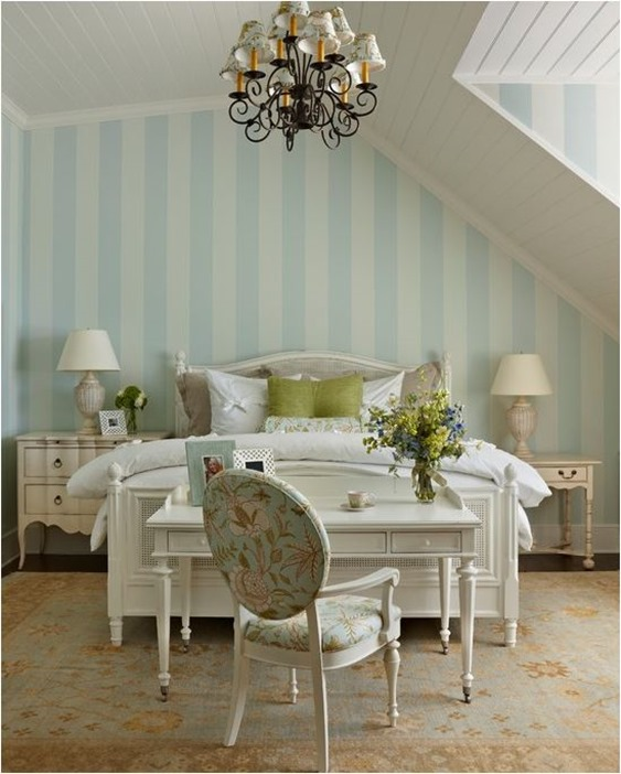 Should Nightstands Match The Bed