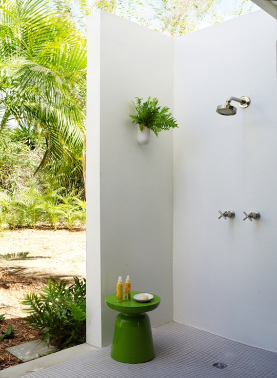 corner outdoor shower