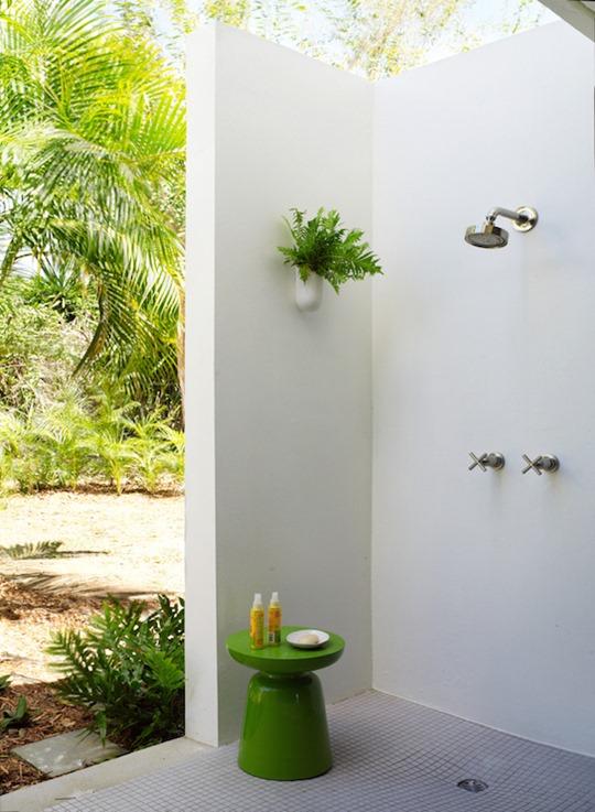 corner outdoor shower