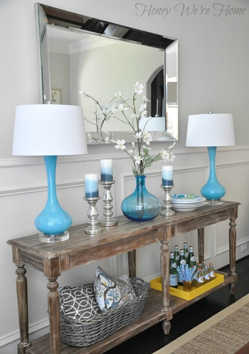 blue lamps on console honeywerehome
