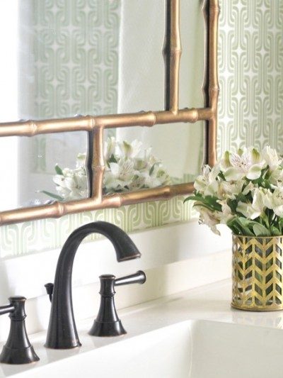 wallpapered-bathroom.jpg