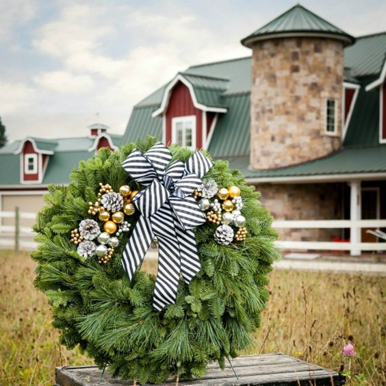 kate riley for lynch creek farm city skyline wreath