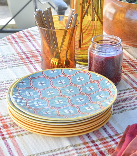 plates candle