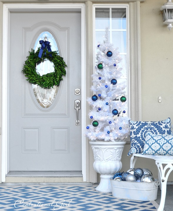 boxwood wreath white tree with ornaments