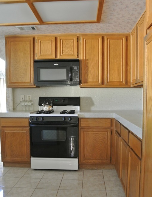 kitchen before range wall