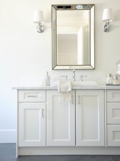 beaded-mirror-above-vanity.jpg