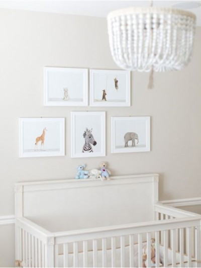 animal-prints-above-crib.jpg