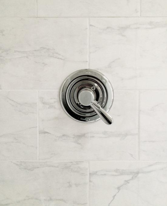 daltile cararra marble tile