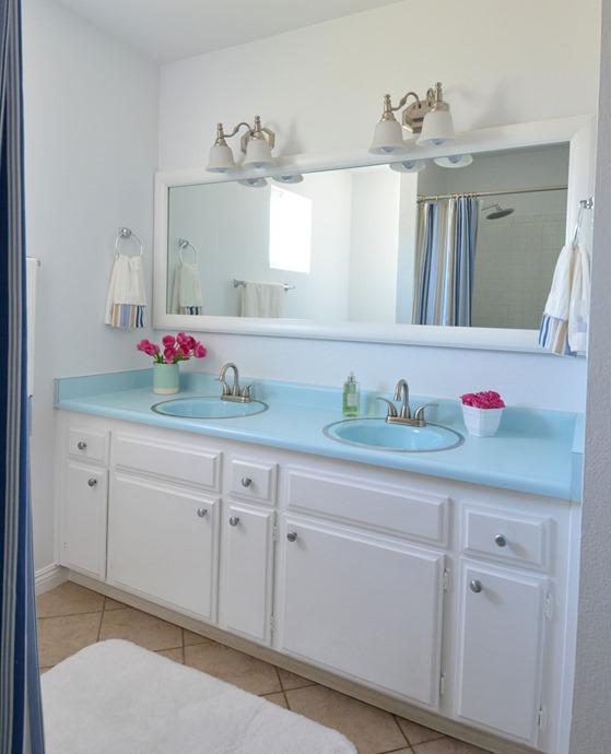 bathroom after mirrormate