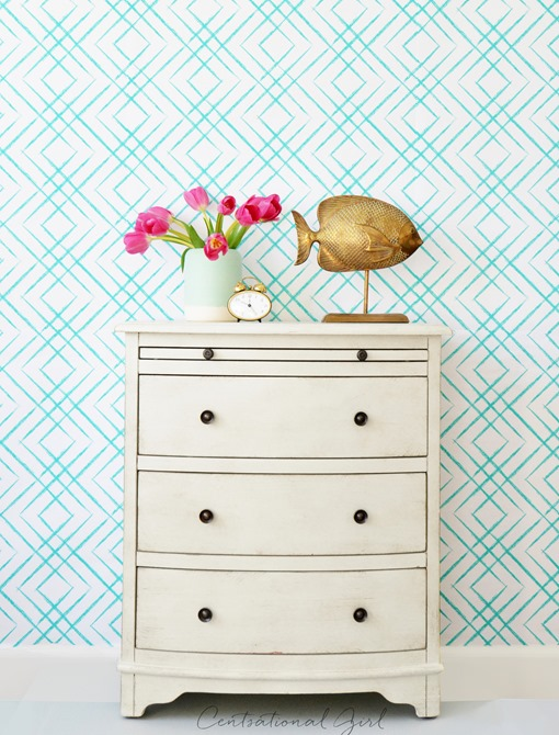 tulips on white dresser fret wallpaper