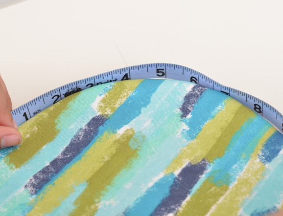 use measuring tape to find circumference