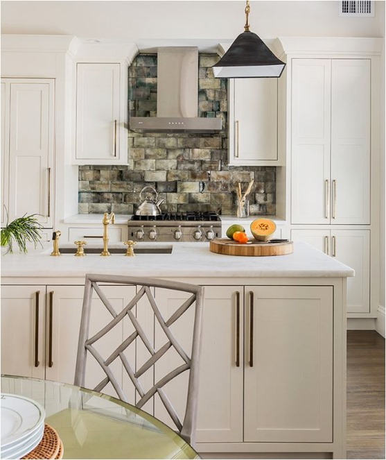 Kitchen Colors With White Cabinets And Stainless Appliances: Big Comeback: Brass Kitchen Hardware