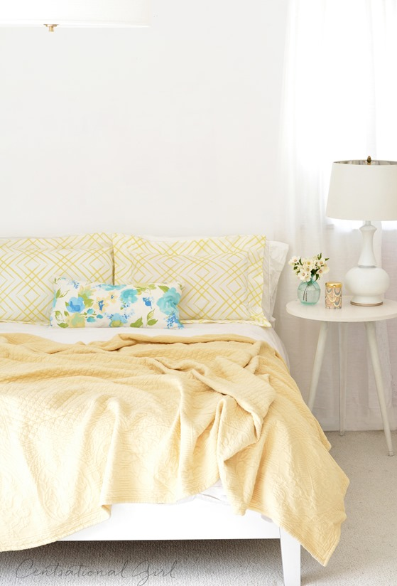 flanged pillow shams on bed
