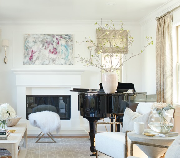 Baby grand pianos decor10 blog for Baby grand piano in living room