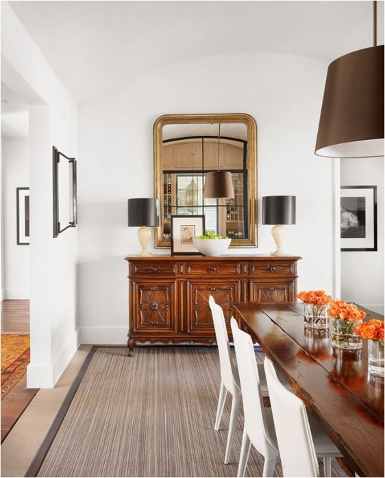 modern mirror lamps on traditional console