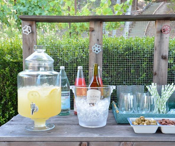 outdoor beverage bar