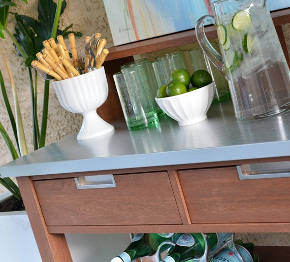potting bench bar beverages