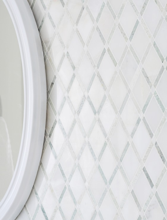 diamond pattern backsplash tile
