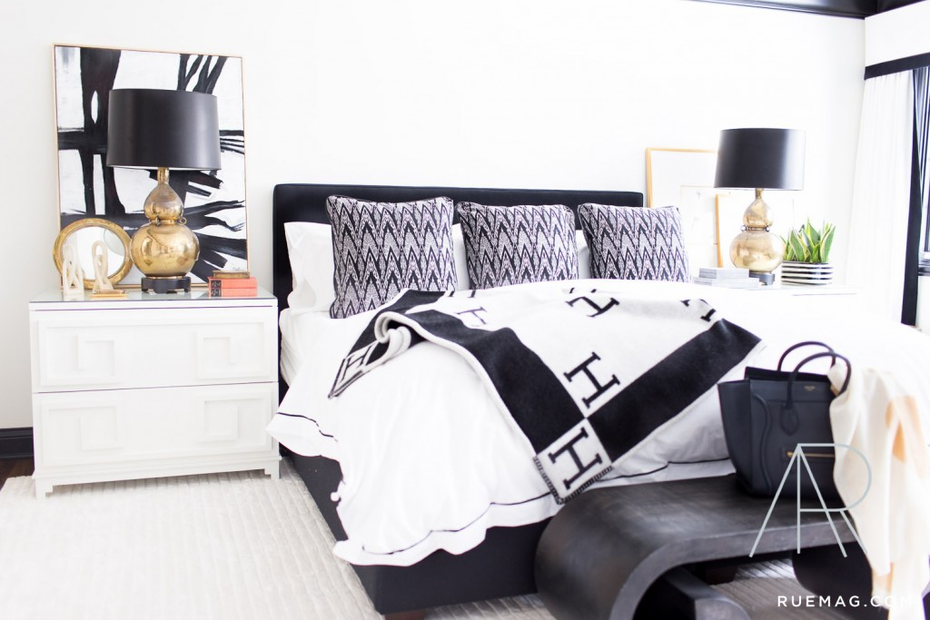monochromatic black and white bedroom