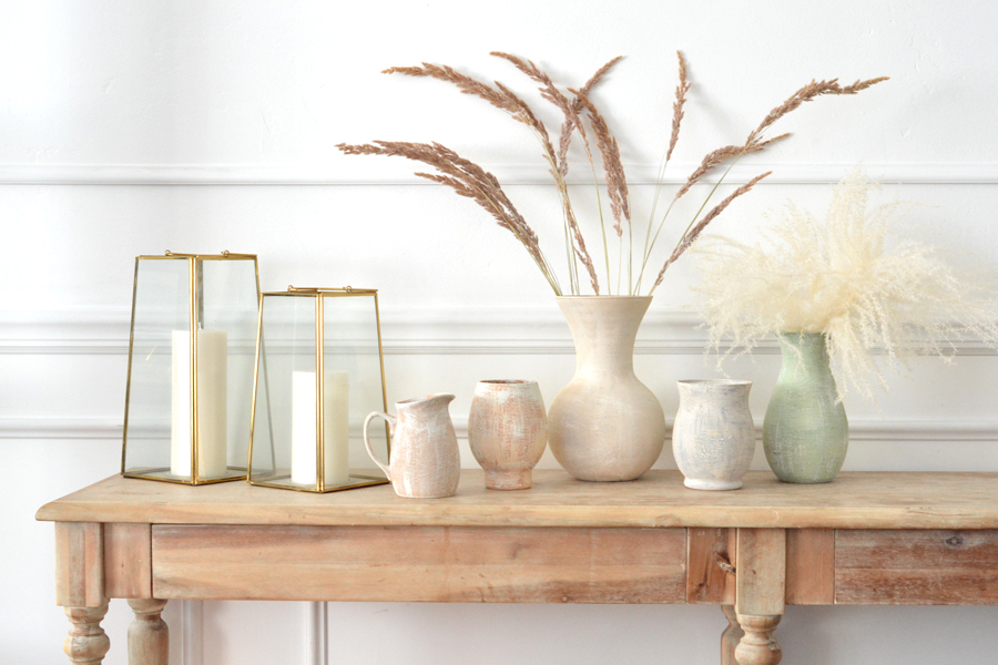 earthenware vases slider