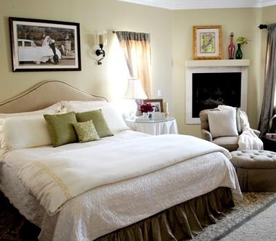 master bedroom from door