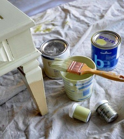 painting coffee table