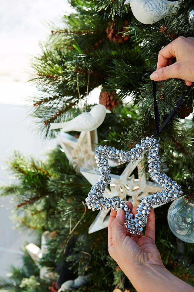 star on christmas tree