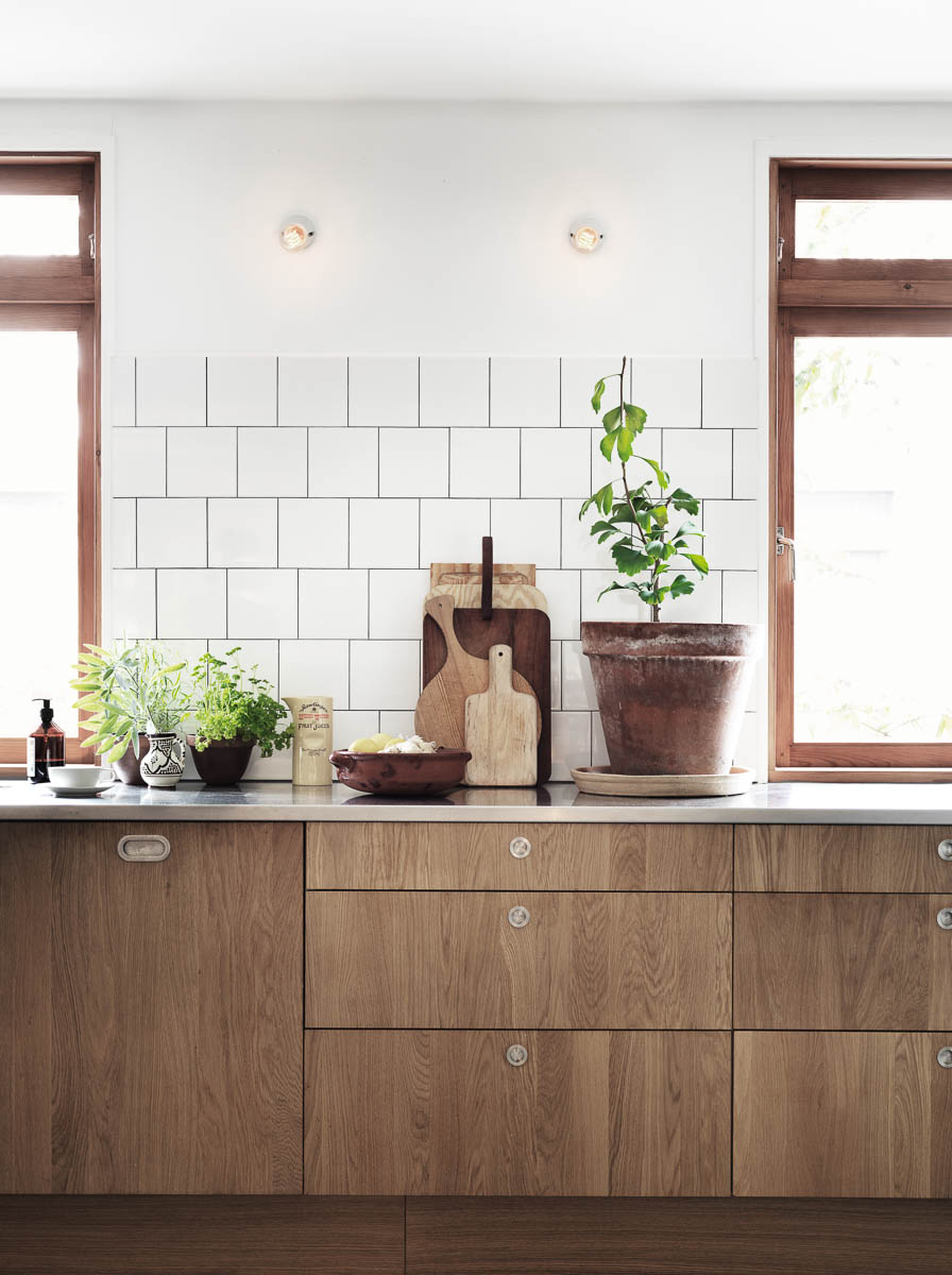 Wood Kitchen Cabinets, Revisited | Centsational Girl | Bloglovin\'