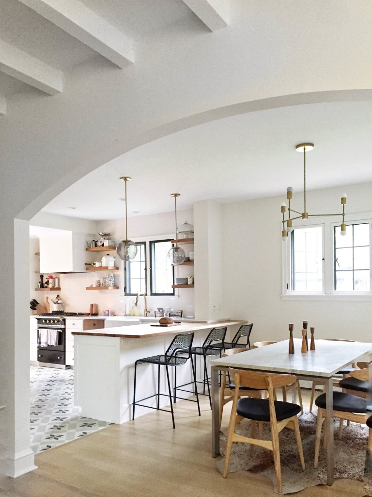 Kitchen And Living Room Design Ideas: Shared Kitchen & Dining Lighting