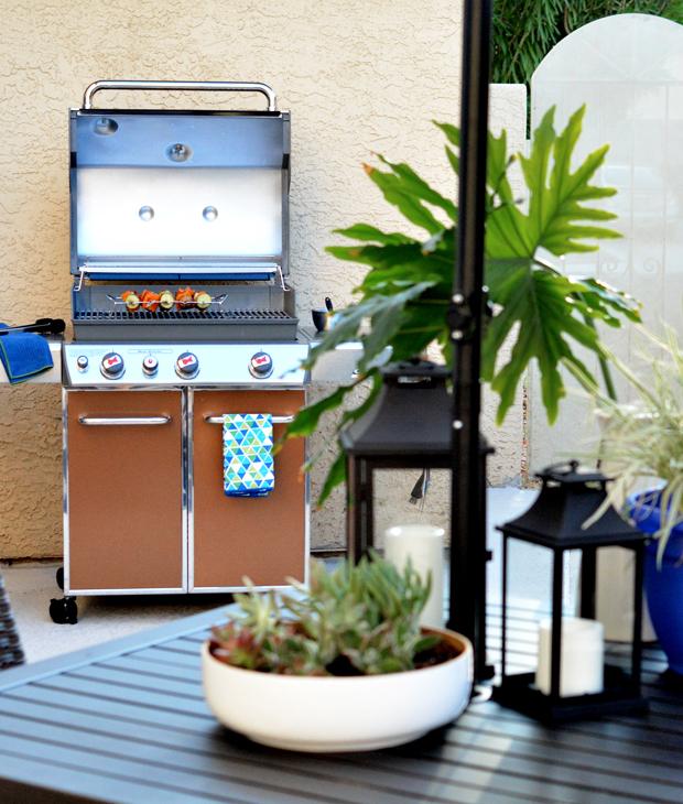 patio scene weber grill