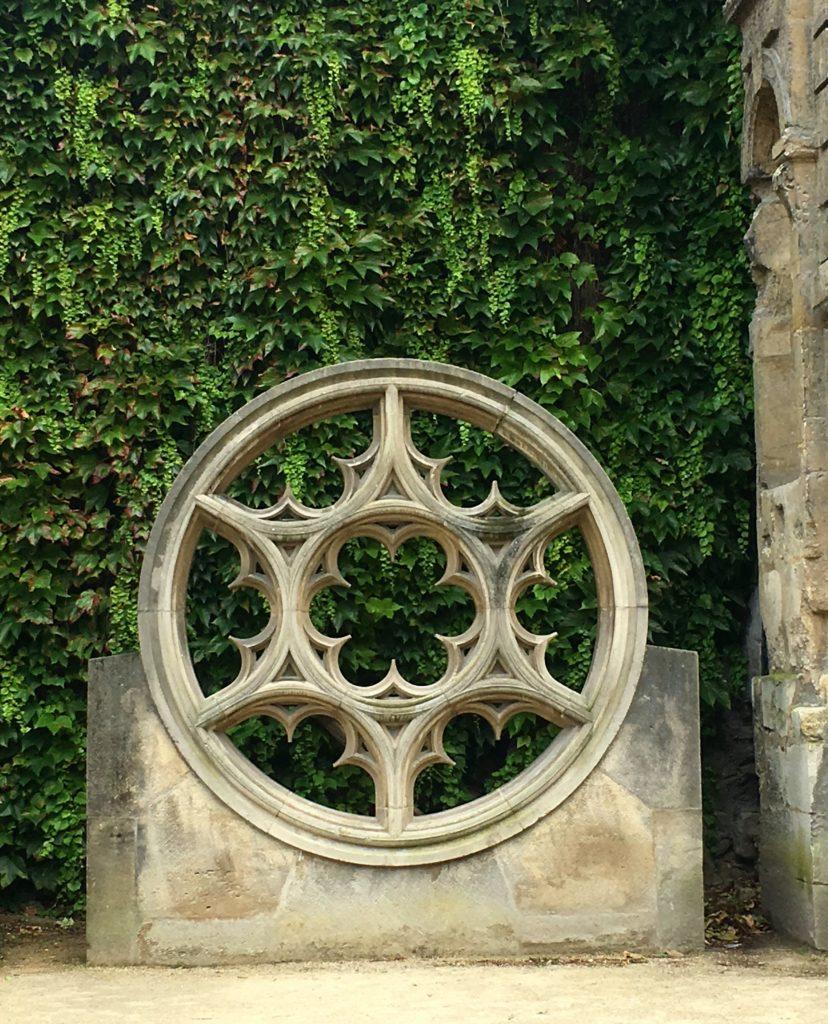 hotel sully gardens