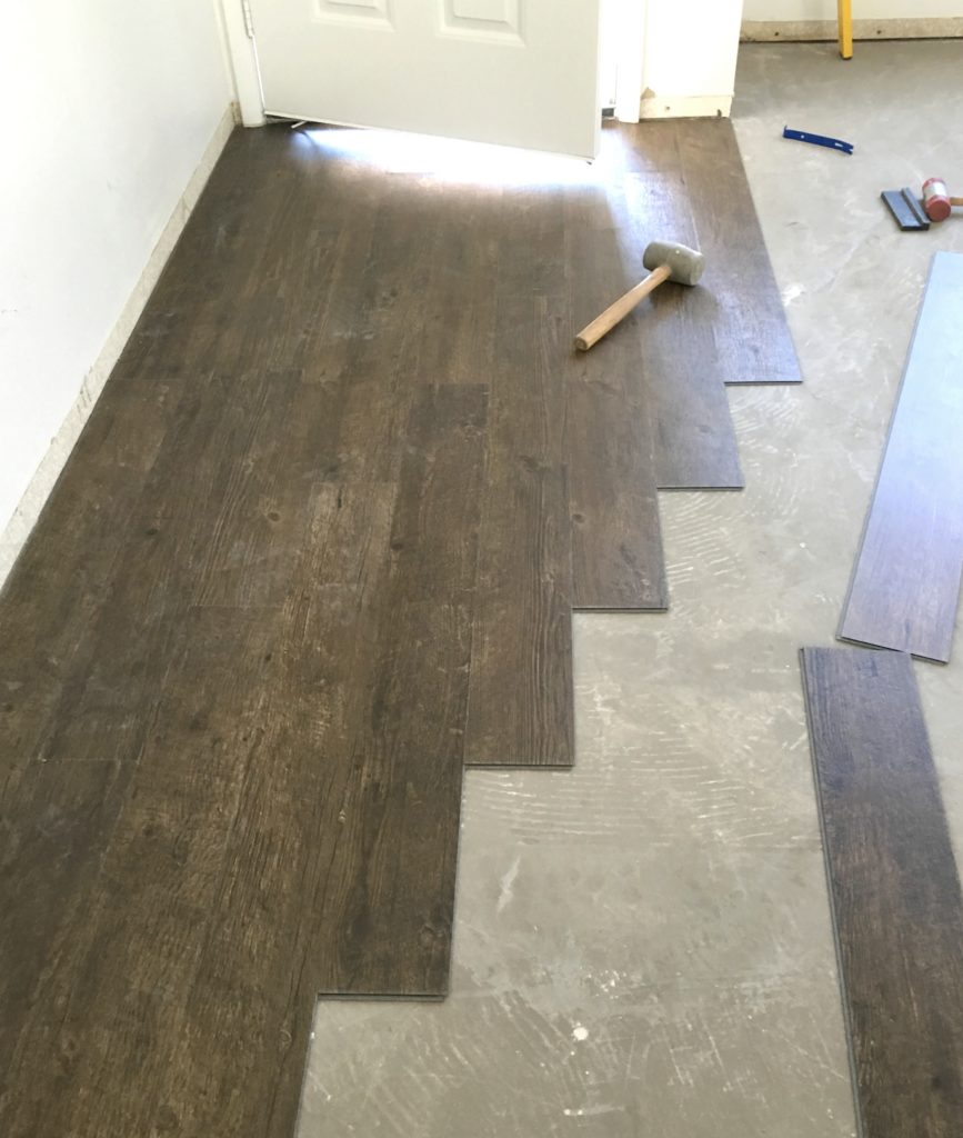 Vinyl plank flooring prep installation centsational style for Preparing floor for vinyl