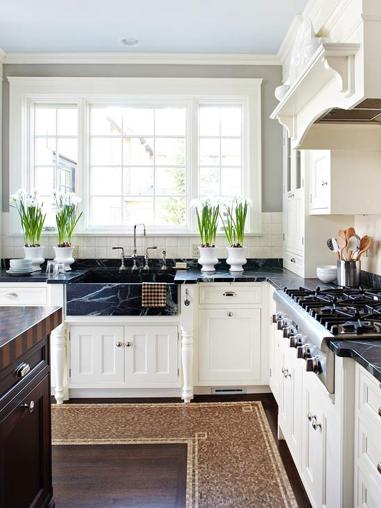 Smaller Doses Of Black In The Kitchen Centsational Style
