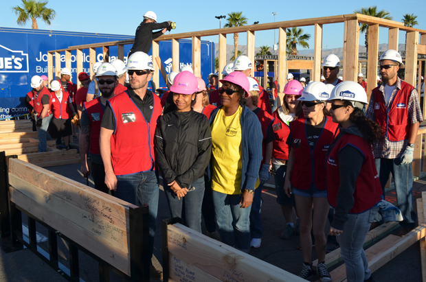 lowes-habitat-group-build
