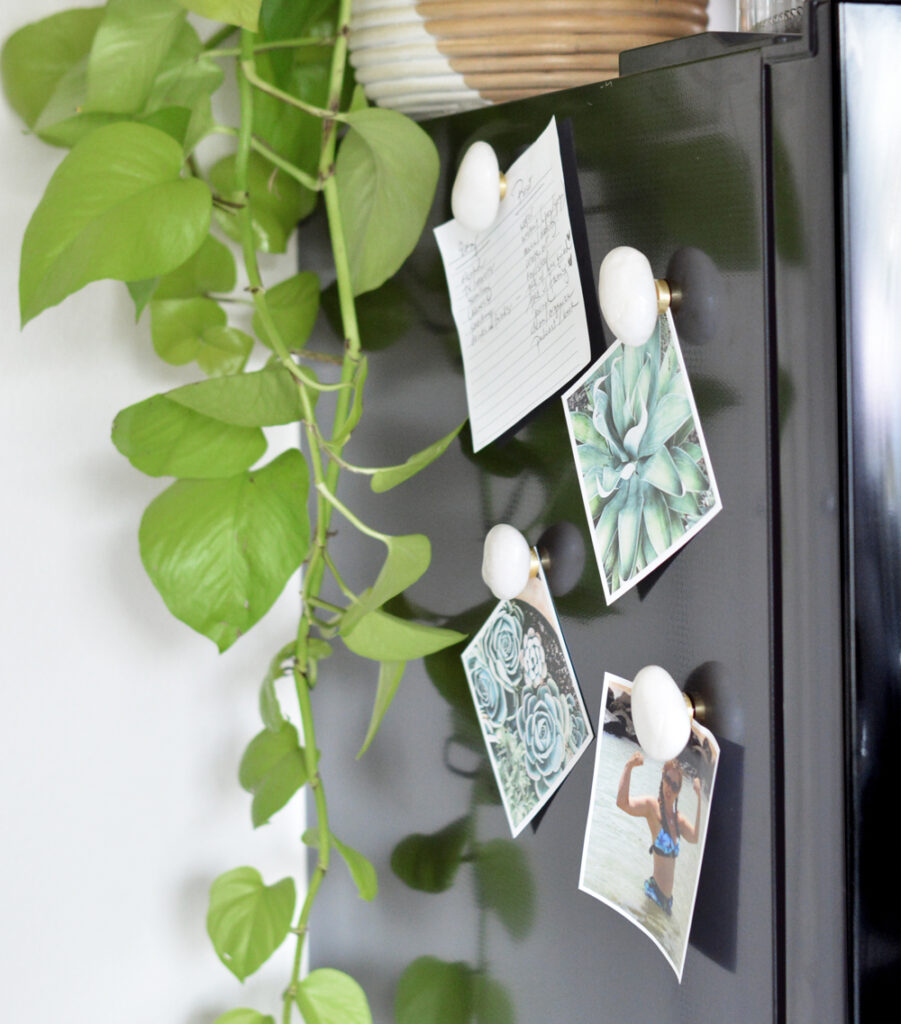 Simple DIY: River Stone Magnets